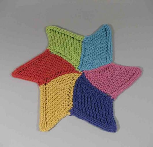 Knitted Starfish Pattern : September 2011 Long Lake Yarns