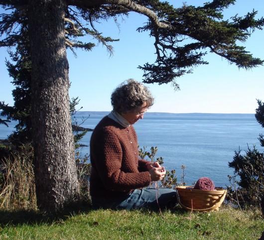 LInda_knitting