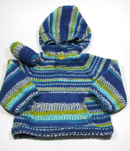comfy_hoodie_worm